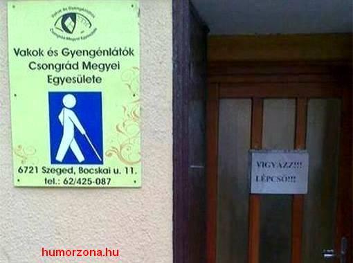 humorzona.hu.vakok